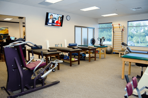 Advanced Health Solutions Physical Therapy center